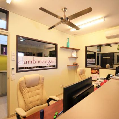 Dambimangari-01